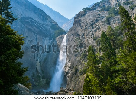 Bridal Veil Falls in Yosemite National Park, California, USA