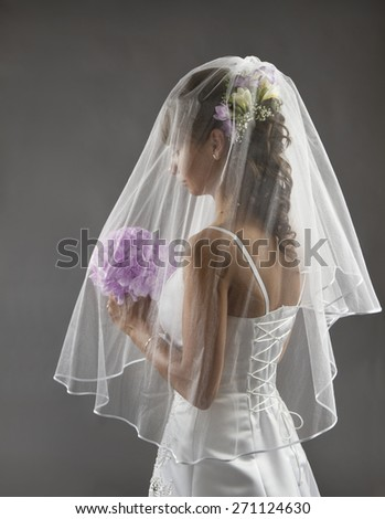 Bride Veil Portrait, Wedding Bridal Hair Style with Flowers Bouquet, Young Bride before Wedding Ceremony