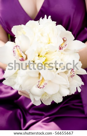 bridesmaid holding her bouquet