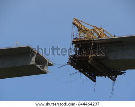 Bridge under construction Colombia