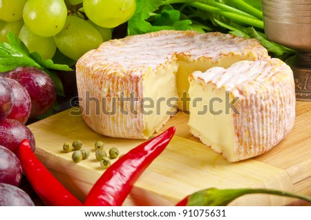 Brie and vine