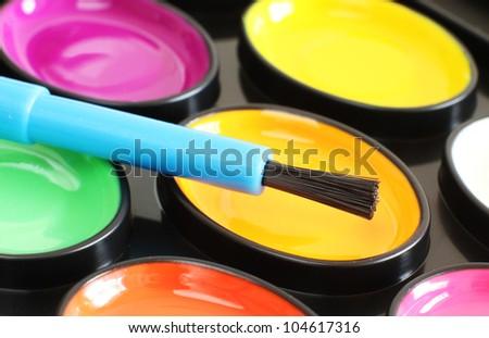 Bright Coloured Water Colour Set