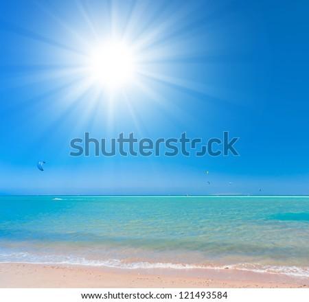 Bright Holiday Paradise Wallpaper