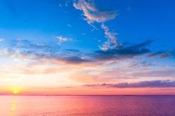 Bright Horizon Sunset over Water