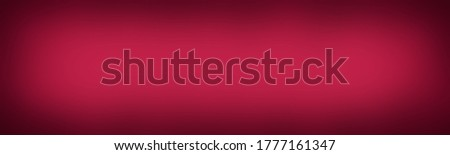 Bright Maroon Red solid wide studio gradient with degrade of one color. Classy and simple background with evenly filled shade and darkening at the edges. Stockfoto ©