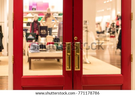 Bright Red Doors At The Entrance Of A Retail Store To Welcome Holiday  Shoppers #771178786