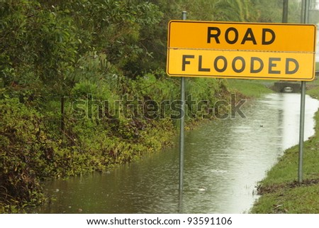 BRISBANE, AUSTRALIA - JAN 25 : One year on Brisbane flooding again, predicted flooding in Deception Bay area January 25, 2012 in Brisbane, Australia
