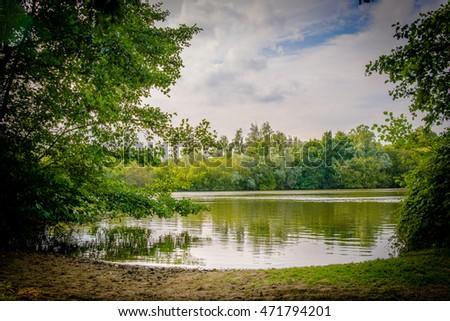 British summer park lake - lake beach Stockfoto ©