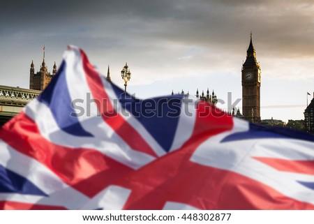 British union jack flag and Big Ben Clock Tower and Parliament house at city of westminster in the background - Brexit Foto d'archivio ©