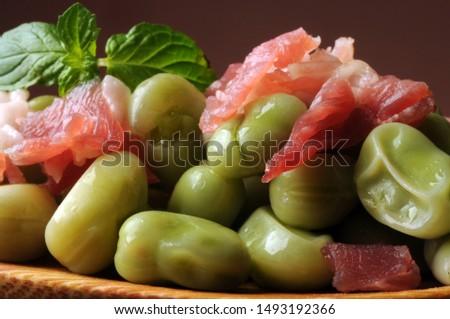 Broad bean salad with pancetta