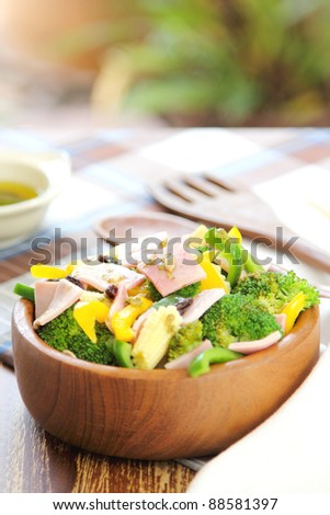 Broccoli and Ham salad