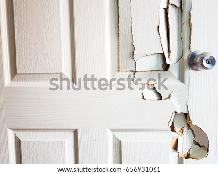 Broken door when the man forgot the key