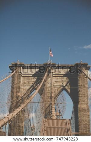 brooklyn bridge arch and...