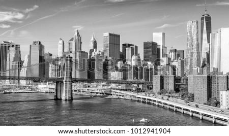 Brooklyn Bridge, New York. #1012941904