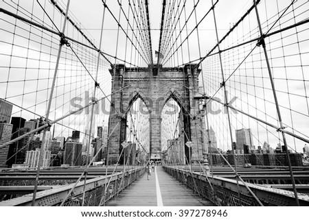 brooklyn bridge  new york  usa. ...