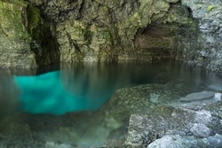Bruce peninsula national park, inside the grotto with a wide angle.