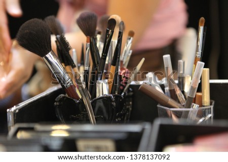 Brushes for make-up artist