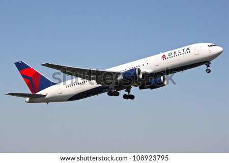 BRUSSELS - MAY 25: A Boeing 767-300 approaching Brussels Airport in Brussels, BELGIUM on May 25, 2012. Delta is one of the major American Airlines is rated top 10 the biggest in the world.