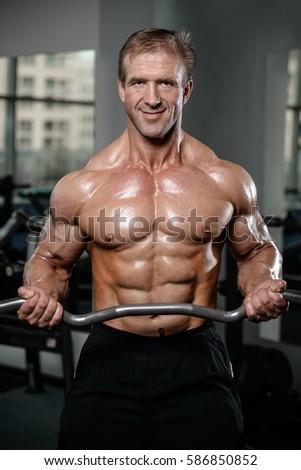 naked-bodybuiding