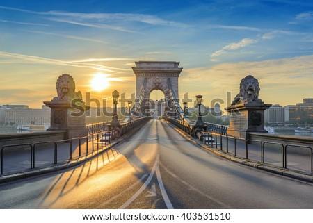 stock photo budapest chain bridge when sunrise budapest hungary 403531510 - Каталог — Фотообои «Мосты»