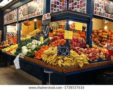 Budapest, Hungary - October 27, 2017: Foods, meats, fruits and vegetables were sold in Market Hall of Budapest located in the art of famous shopping street Vaci utca. Stock fotó ©