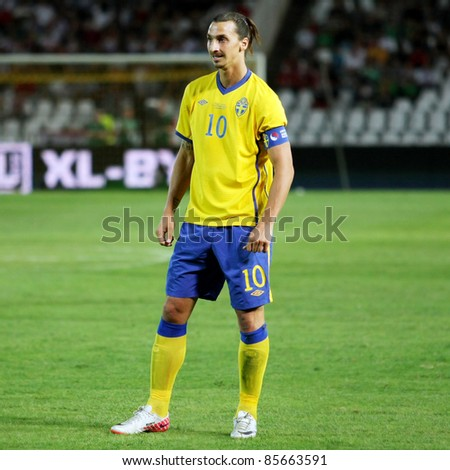 BUDAPEST, HUNGARY - SEPTEMBER 2: Zlatan Ibrahovic (SWE) in action at football match Hungary vs. Sweden on September 2, 2011 in Budapest, Hungary