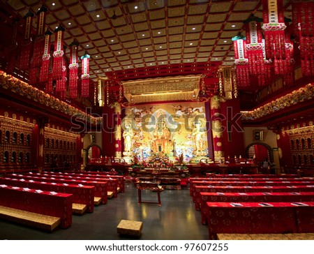 Buddha Tooth Temple interior