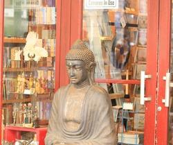 Buddha Zen Religious deity statue bronze