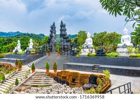 Buddhist Temple Brahma Vihara Arama  ~  Bali, Indonesia Stok fotoğraf ©