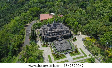 buddhist temple Brahma Vihara Arama with statues gods. aerial view balinese temple, old hindu architecture, Bali architecture, ancient design. Travel concept. indonesia Stok fotoğraf ©