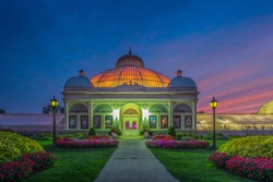 Buffalo and Erie County Botanical Gardens. The Buffalo and Erie County Botanical Gardens are botanical gardens located within South Park in Buffalo, New York, United States.