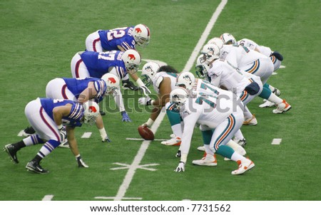 Buffalo Bills defend against Miami Dolphins in a football game, Ralph Wilson Stadium, December 9, 2007