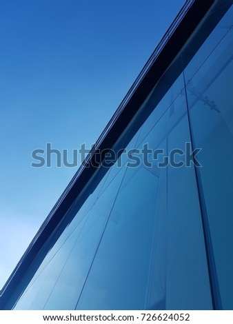 build and blue sky #726624052