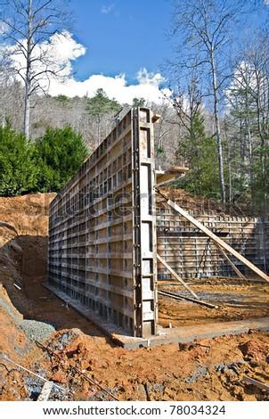 Building a foundation for a house, details of concrete structure.