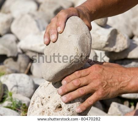 Building Balanced Stack Of Rocks