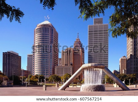 Buildings in downtown detroit bussiness district