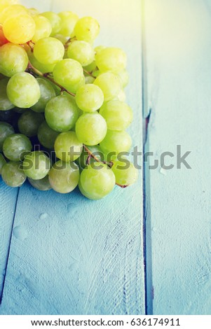 Bunch of green grapes #636174911