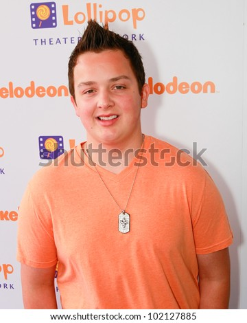 BURBANK - MAY 7:  Noah Munck attends Lollipop Theater Network 3rd Annual Game Day at Nickelodeon Animation Studios , May 7, 2011 in Burbank, CA