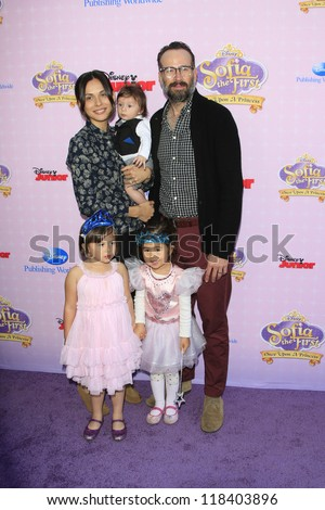BURBANK - NOV 10: Jason Lee, wife Ceren Alkac, son Sonny, daughter Casper at the premiere of Disney Channels' 'Sofia The First: Once Upon a Princess'  on November 10, 2012 in Burbank, California