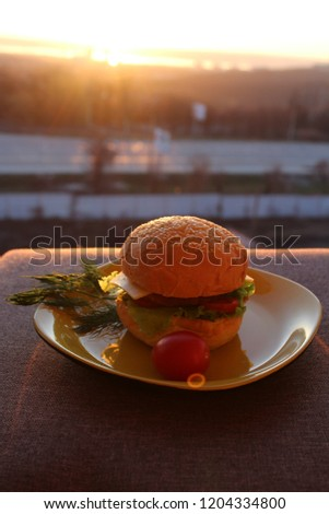 Burger at dawn. Breakfast at dawn #1204334800