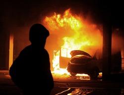 burning car, unrest, anti-government, crime, war