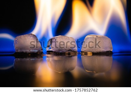 Burning ice cubes - fire & ice  Foto d'archivio ©