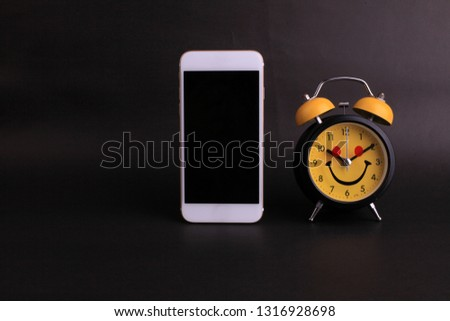 Analog clock Images and Stock Photos - Page: 5 - Avopix com