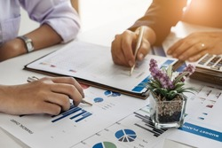 Business Financial concept, Businessmen hire professional consultants to explain the marketing principles in the company.