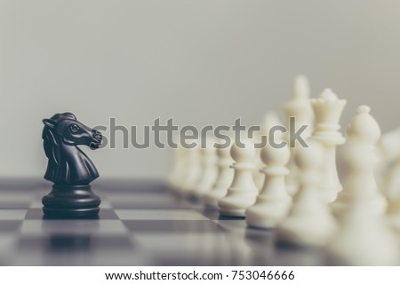 Business leader and confrontation solve problems concept, Chess board game with copy space for your text Foto stock ©
