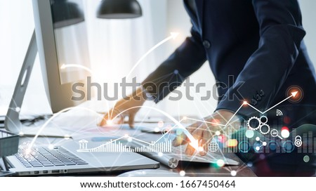 Businessman using computer and laptop, Management global structure networking and data exchanges customer connection on workplace, Business technology and digital marketing network concept. Zdjęcia stock ©