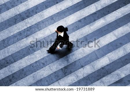 Busy walk scene on the stripped floor