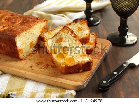 Butternut pumpkin and feta loaf