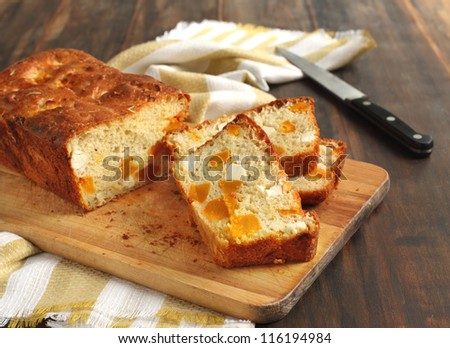 Butternut pumpkin and feta loaf