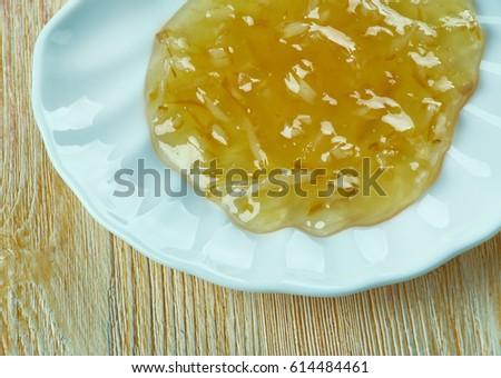 Cabell d'àngel - transparent threaded jam made from Siam pumpkin  Foto stock ©